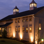 The barn that is Turkey Hill Brewing at dusk